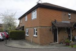 Terraced House To Let  Dorking Surrey RH5