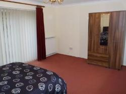 Detached House To Let  High Wycombe Buckinghamshire HP11