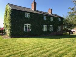 Detached House To Let  Knutsford Cheshire WA16
