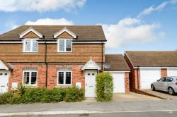 Semi Detached House To Let  Wokingham Berkshire RG40