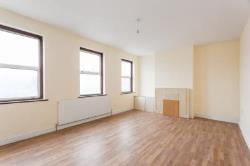 Maisonette To Let  Southall Middlesex UB1