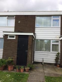 Terraced House To Let  Wirral Merseyside CH62
