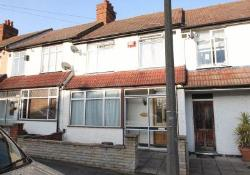 Terraced House To Let  Beckenham Kent BR3