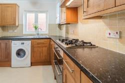 Flat To Let  Fleet Hampshire GU52