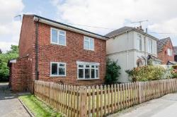 Semi Detached House To Let  Guildford Surrey GU2