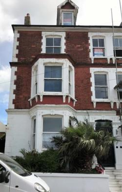 Terraced House To Let  Margate Kent CT9