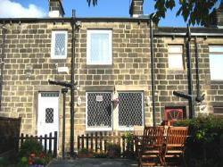 Terraced House To Let  Leeds West Yorkshire LS18
