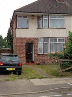 Semi Detached House To Let  Feltham Middlesex TW14