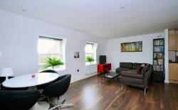 Flat To Let  London Greater London E5