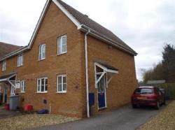 Semi Detached House To Let  Kettering Northamptonshire NN15