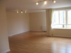 Flat To Let  Kings Langley Hertfordshire WD4