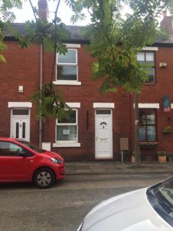 Terraced House To Let  Cheadle Greater Manchester SK8