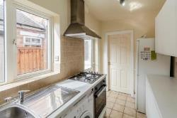 Terraced House To Let  Nottingham Nottinghamshire NG2
