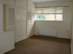 Terraced House To Let  Romford Essex RM3