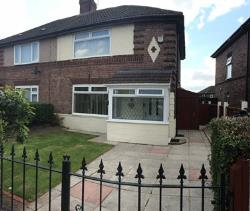 Semi Detached House To Let  Widnes Cheshire WA8