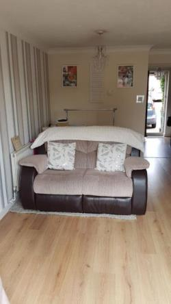 Terraced House To Let  London Greater London E4