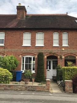 Terraced House To Let  Maidenhead Berkshire SL6