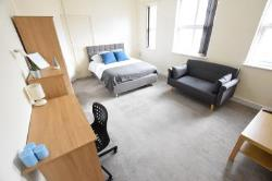 Room To Let  Birmingham West Midlands B14