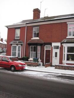 Terraced House To Let  Wednesbury West Midlands WS10
