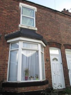 Terraced House To Let  Wolverhampton West Midlands WV13
