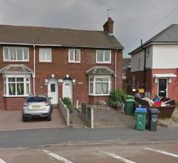 Terraced House To Let  Oldbury West Midlands B69