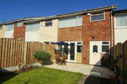 Detached House To Let  Leeds West Yorkshire LS15