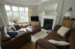 Detached House To Let Moortown Leeds West Yorkshire LS17