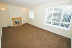 Flat To Let Alwoodley Leeds West Yorkshire LS17