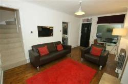 Terraced House To Let Oakwood Leeds West Yorkshire LS8