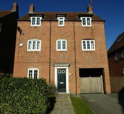 Detached House For Sale  Leeds West Yorkshire LS17