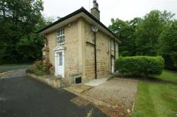 Detached House To Let  Leeds West Yorkshire LS14