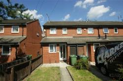 Detached House To Let  Leeds West Yorkshire LS11