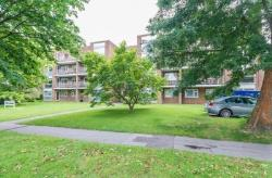 Flat For Sale  Bromley Kent BR3