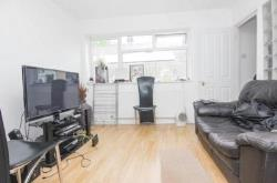 Detached House For Sale  London Greater London SW16