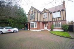 Detached House To Let  London Greater London E11