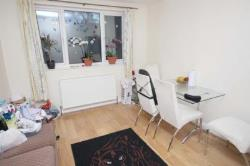 Terraced House To Let  Ilford Essex IG5