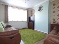 Terraced House To Let  Rainham Essex RM13
