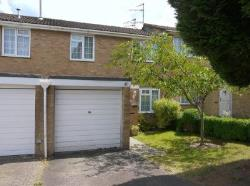 Terraced House To Let Greenmeadow Swindon Wiltshire SN25