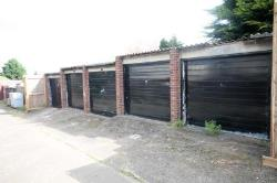 Garage/ Parking To Let  Erith Kent DA8