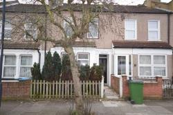 Terraced House To Let  London Greater London SE18