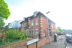 Maisonette To Let  Reading Berkshire RG2