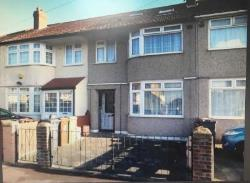 Terraced House To Let  Dagenham Essex RM10
