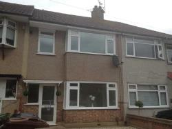 Detached House To Let  Dagenham Essex RM10