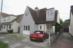 Detached House To Let  Southend On Sea Essex SS2