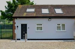 End Terrace House To Let  Chinnor Oxfordshire OX39