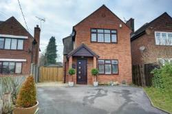 Detached House To Let  High Wycombe Buckinghamshire HP12