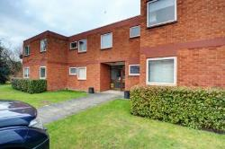Flat To Let  Bourne End Buckinghamshire SL8