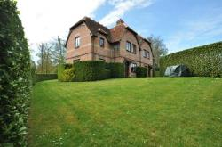 Semi Detached House To Let  Marlow Buckinghamshire SL7