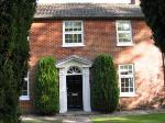 Detached House To Let  Henley On Thames Oxfordshire RG9
