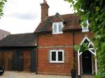 Semi Detached House To Let  Reading Berkshire RG10